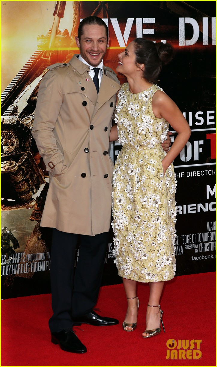tom hardy supports girlfriend charlotte riley at edge of tomorrow london premiere 063123187