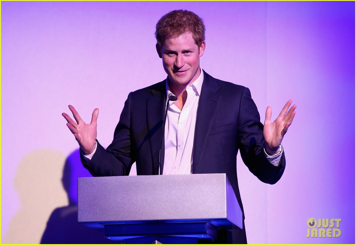 prince harry charity dinner changing lives 033108498