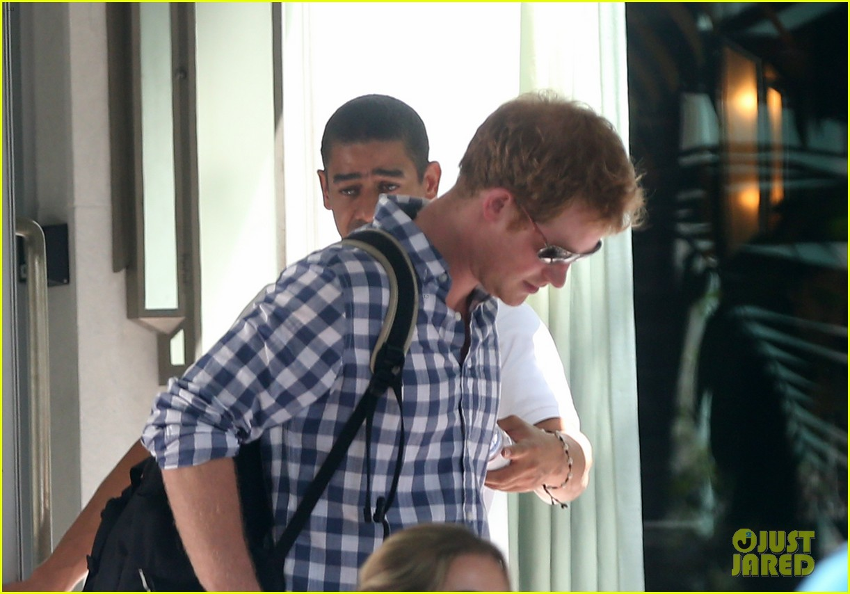prince harry parties in miami ahead of friends wedding 123103242