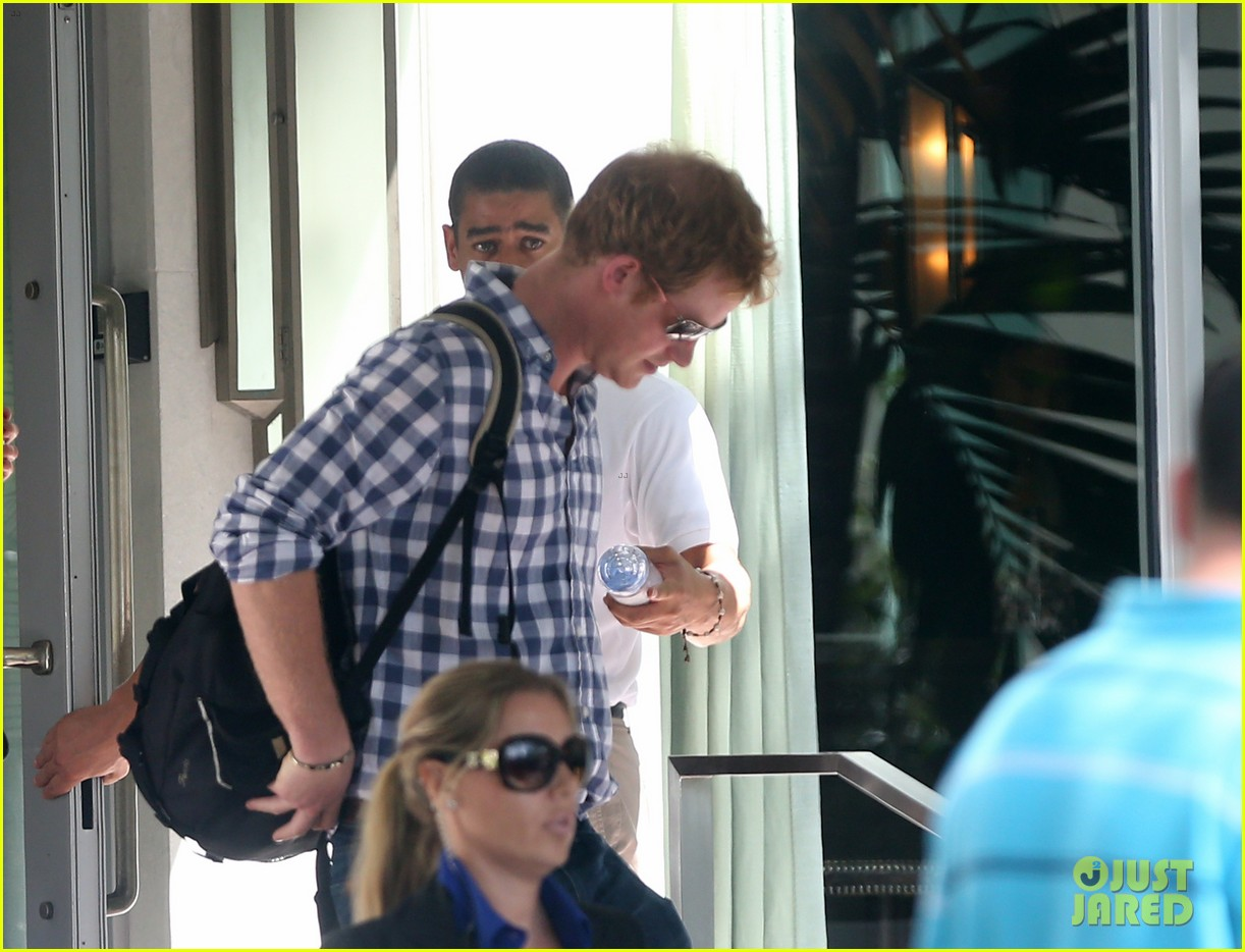 prince harry parties in miami ahead of friends wedding 133103243