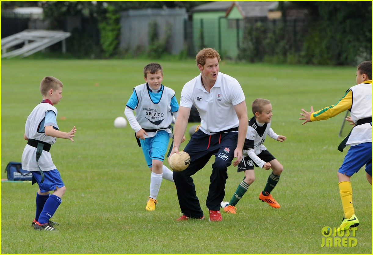 prince harry plays rugby schoolkids flashes his abs in the process 19
