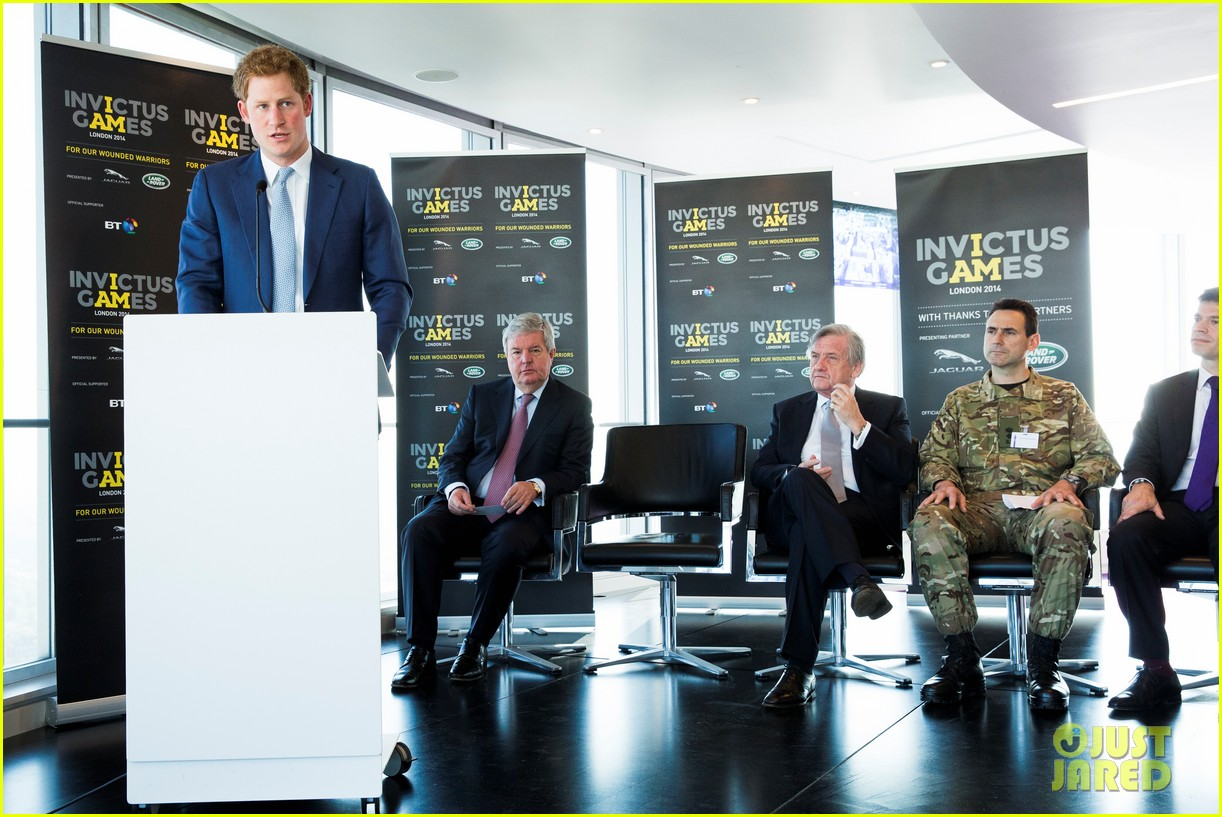 prince harry sends his first tweet ever 01