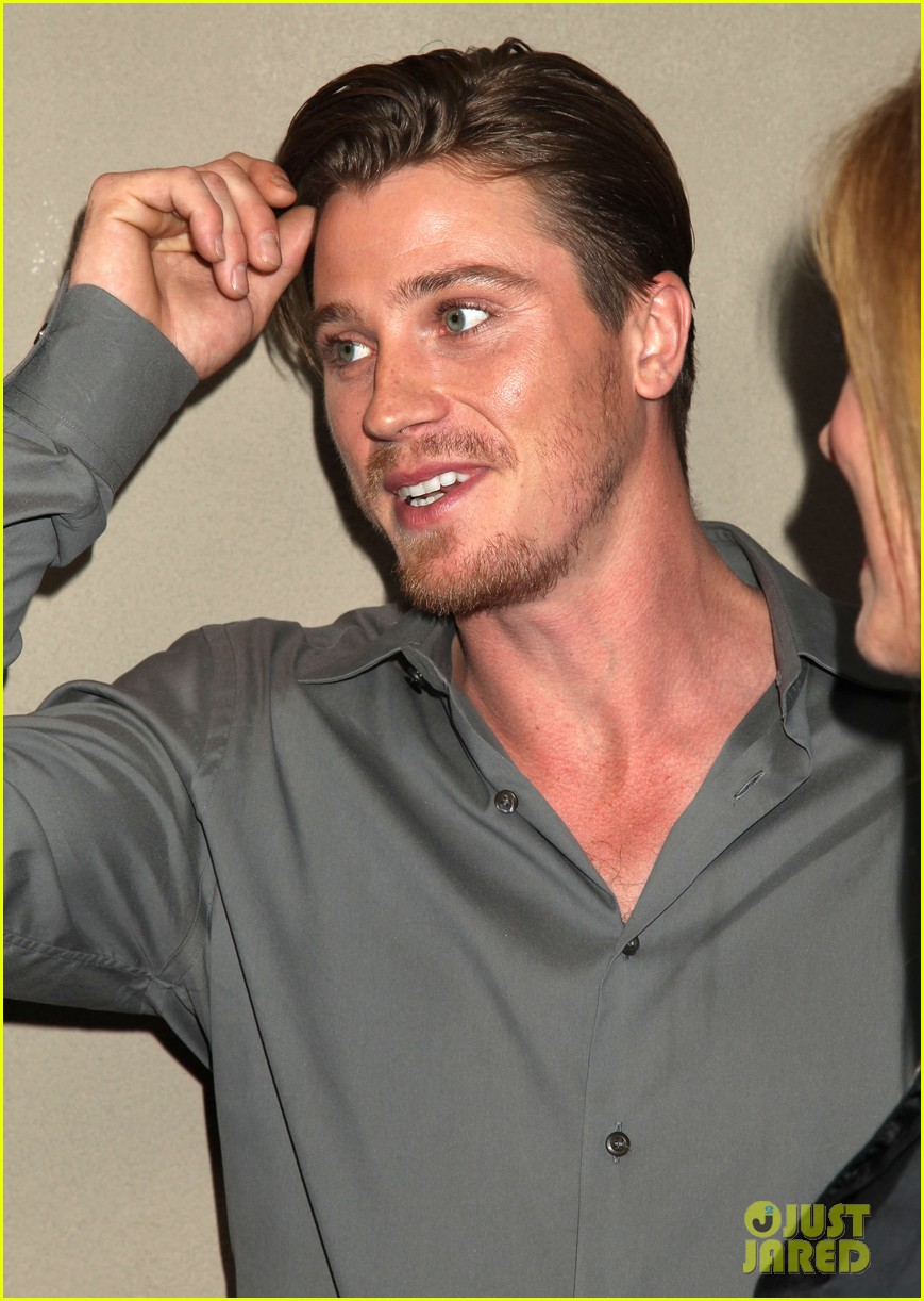 garrett hedlunds winning smile will probably cure your hump day blues 033107300