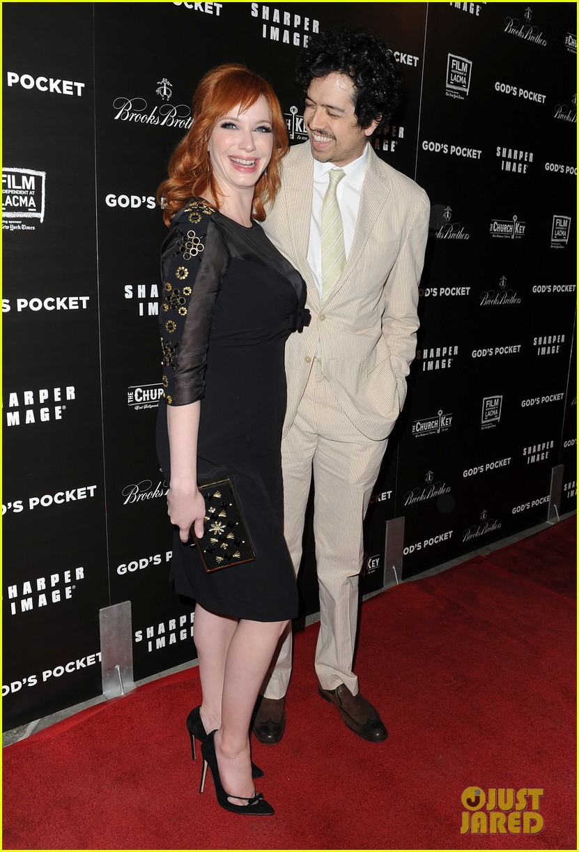 christina hendricks receives loads of support from mad men cast 013103768