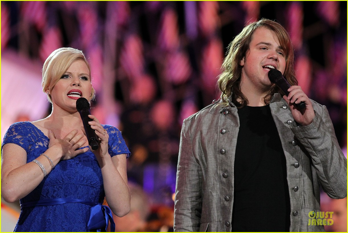 megan hilty blue at memorial day concert rehearsals 023122167