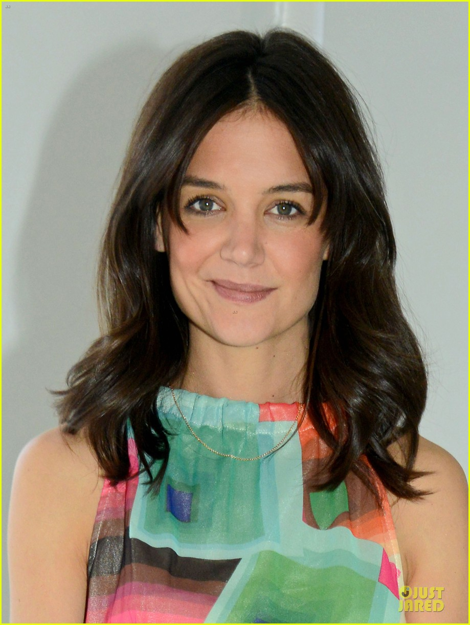 katie holmes bring back our girls movement 023118293