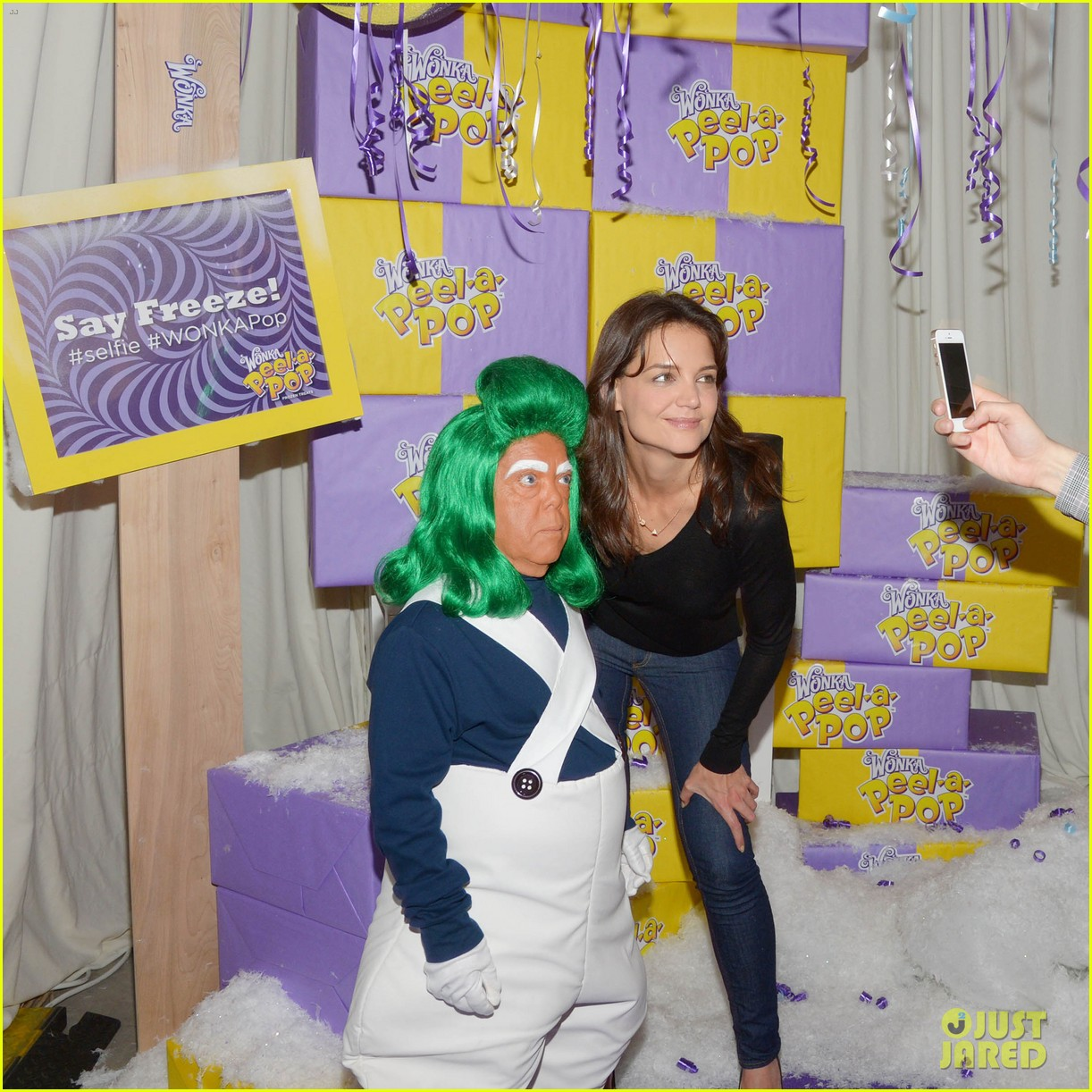 katie holmes meets an oompa loompa in wonka land 053114294
