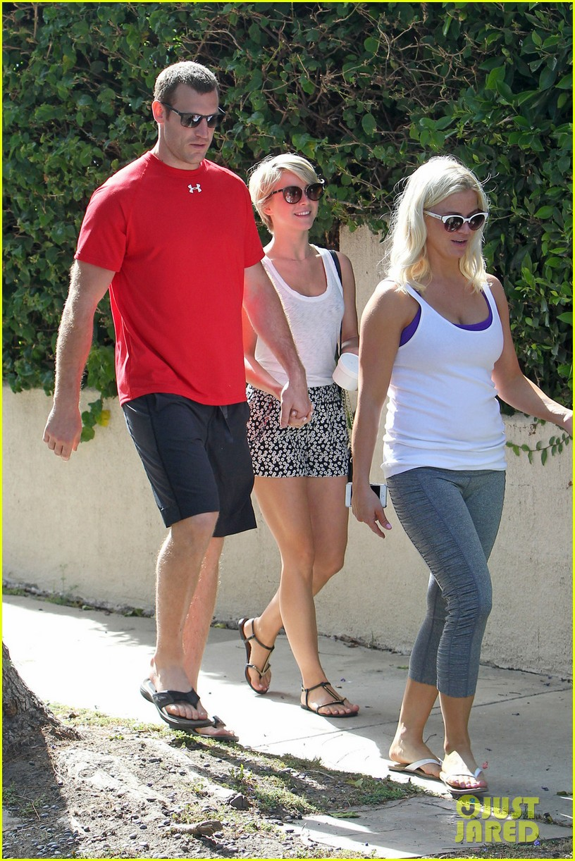 julianne hough double dates with brother derek nikki reed 073105658