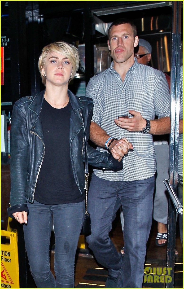 julianne hough double dates with brother derek nikki reed 293105680