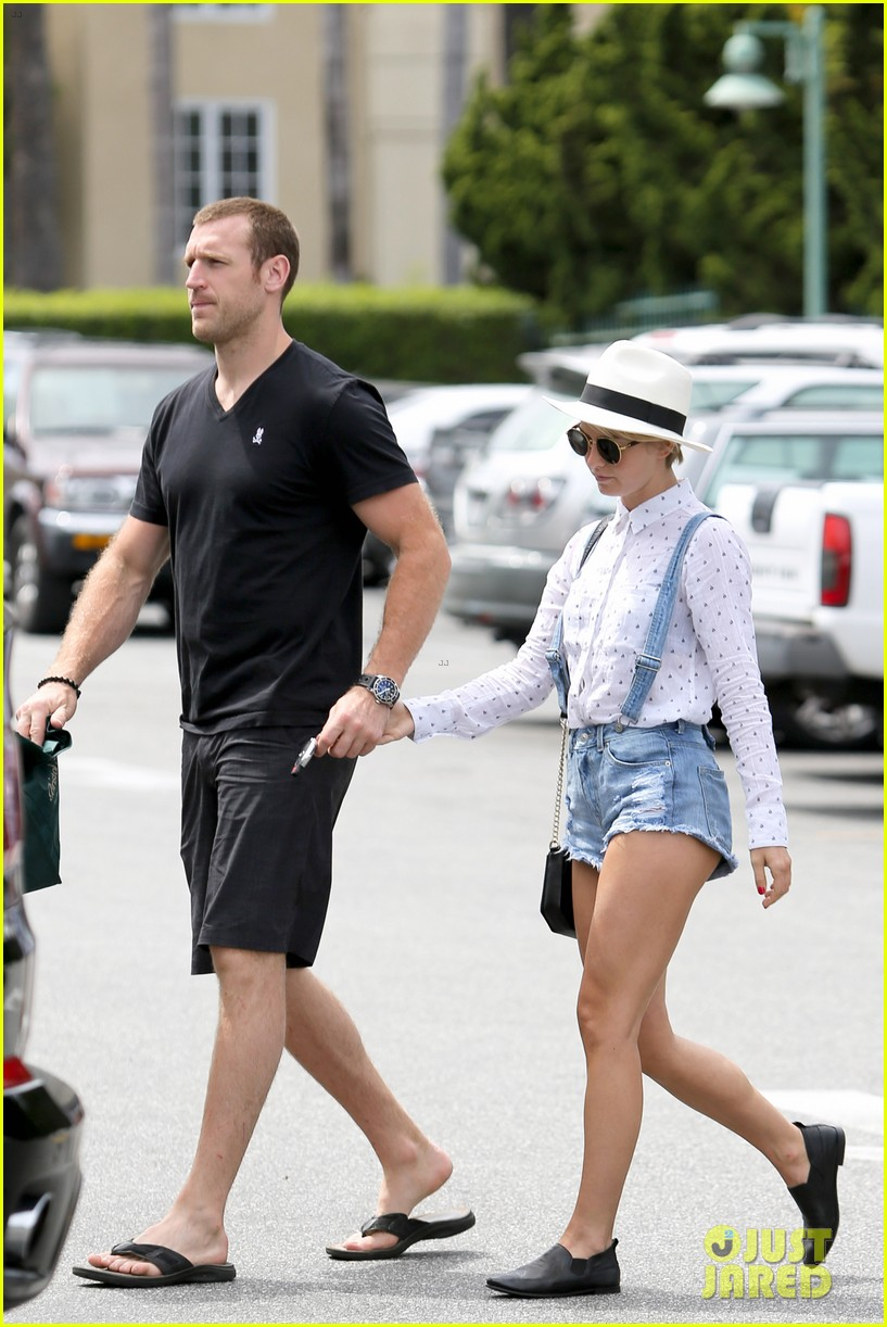 julianne hough says kind is the new cool 173102814