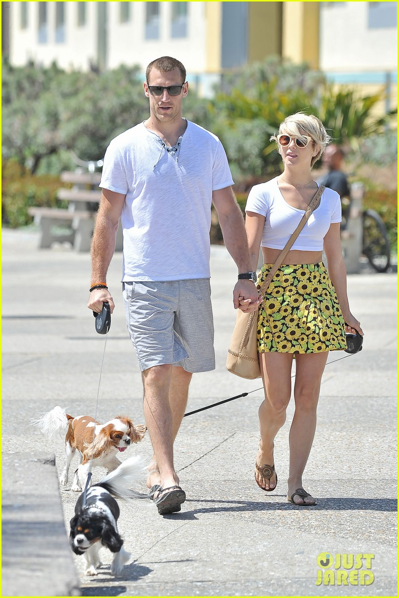 julianne hough brooks laich look so in love 073112478