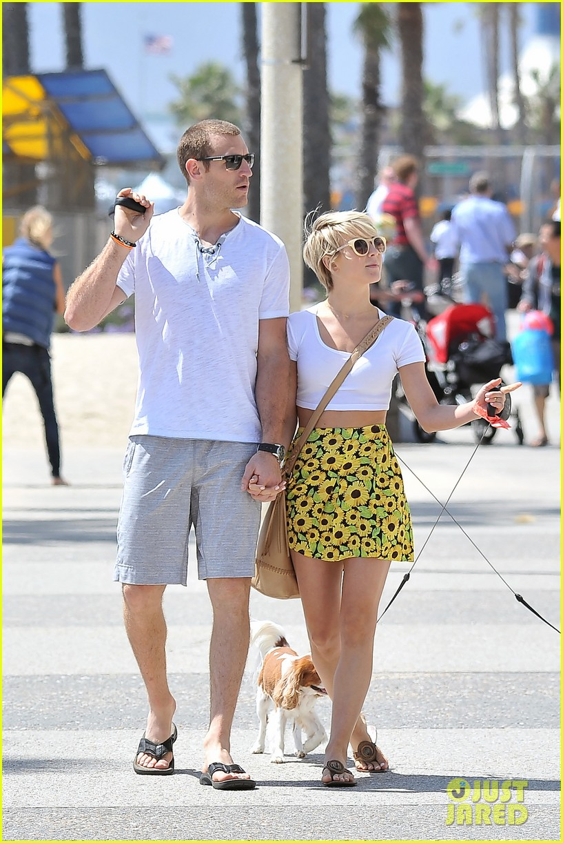 julianne hough brooks laich look so in love 103112481