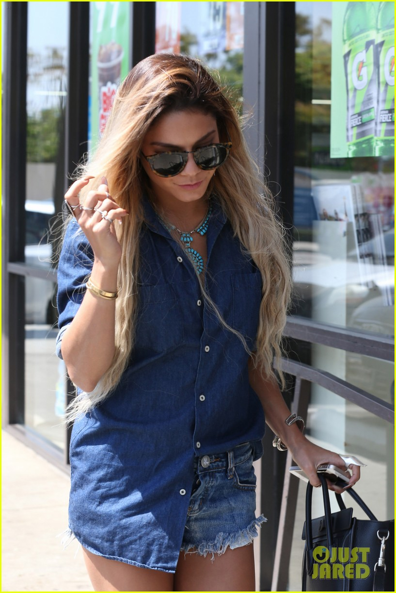 vanessa hudgens double denim boat life 093120756