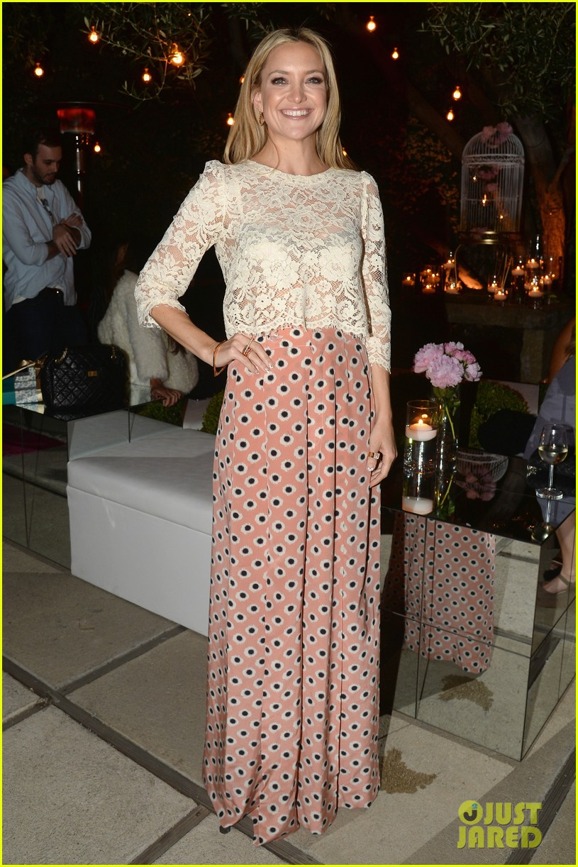 kate hudson fergie buddy up at chrome hearts party 013109390