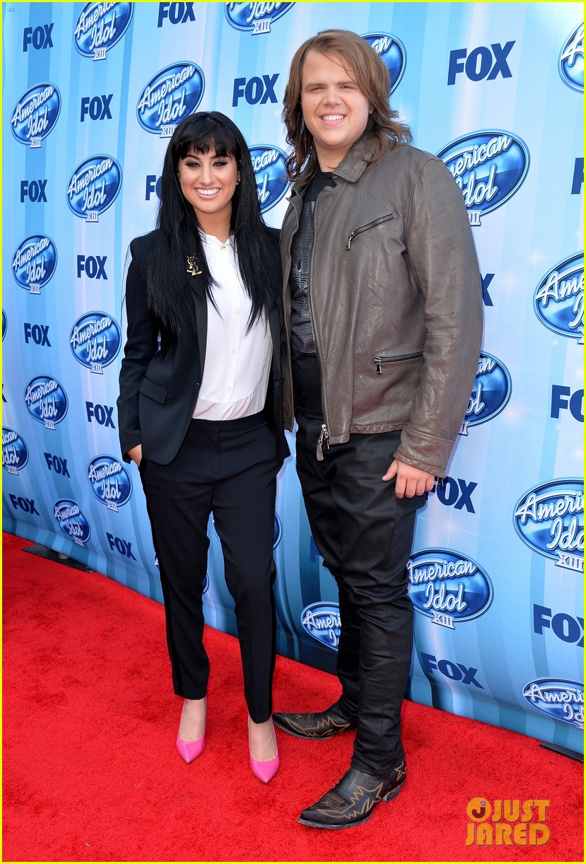 jena irene caleb johnson walk red carpet before american idol finale 033119277