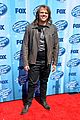 jena irene caleb johnson walk red carpet before american idol finale 05