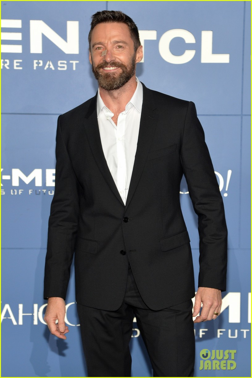 hugh jackman wears bandage on nose to x men premiere 163110327