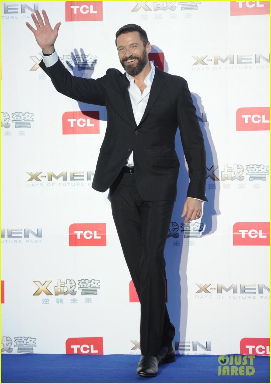 hugh jackman premieres x men with fan bingbing peter dinklage in beijing 17