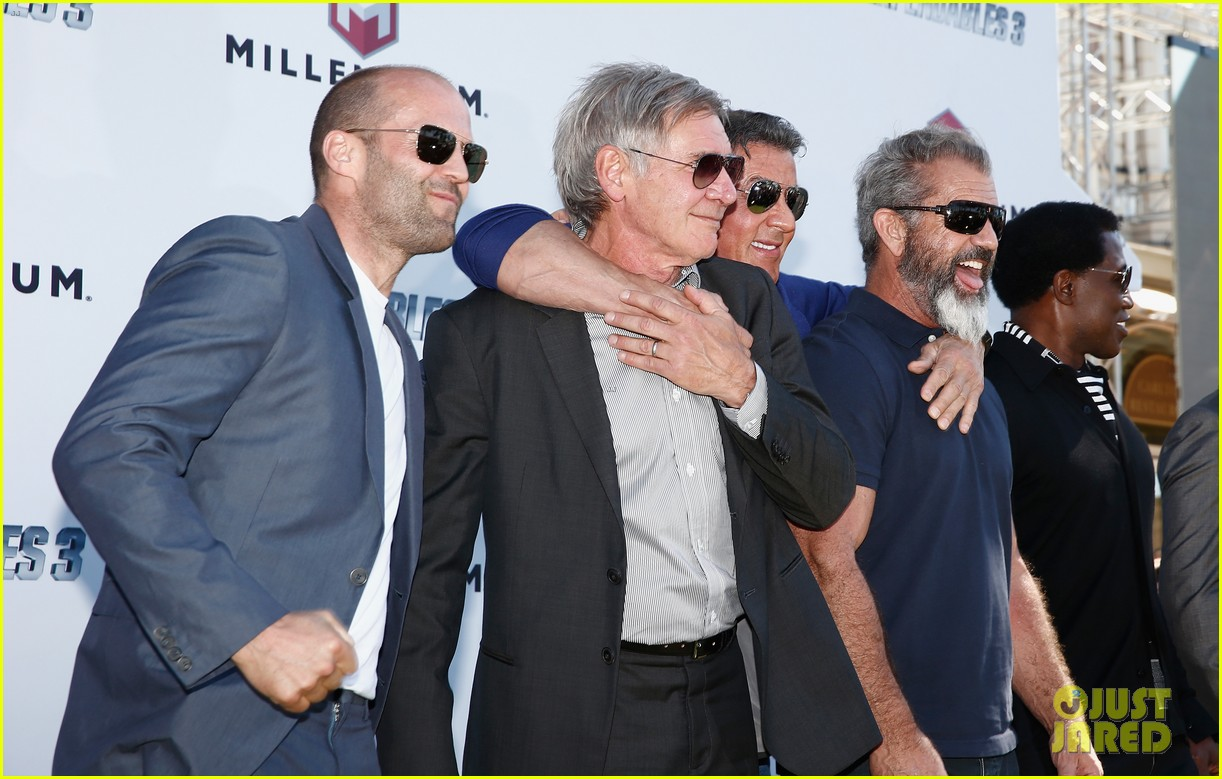 jason statham star studded expendables 3 photo call 22