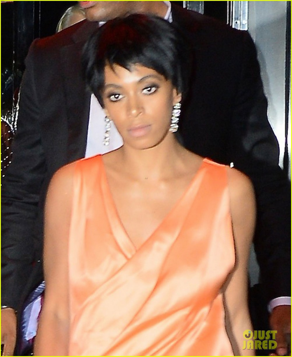 jay z leaves separately from beyonce solange 023111624