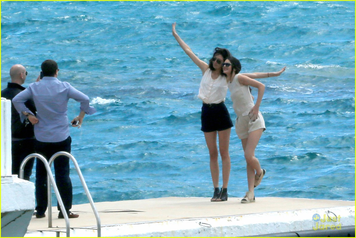 kendall jenner cannes shoot boat 023114508