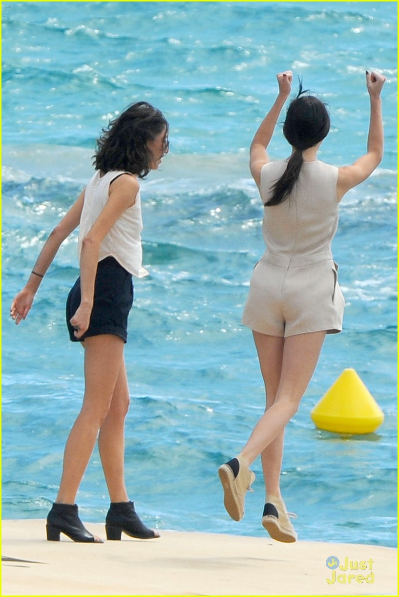 kendall jenner cannes shoot boat 143114520