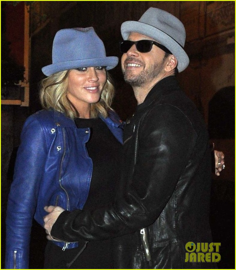 jenny mccarthy donnie wahlberg proposal details 053122328