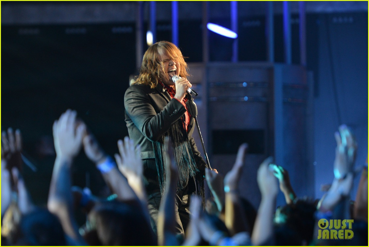 caleb johnson american idol finale performances 023118404