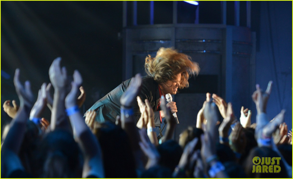 caleb johnson american idol finale performances 073118409