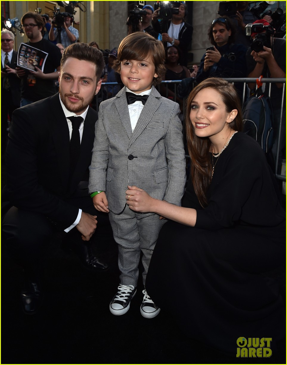 aaron taylor johnson brings wife sam to godzilla premiere 043109058