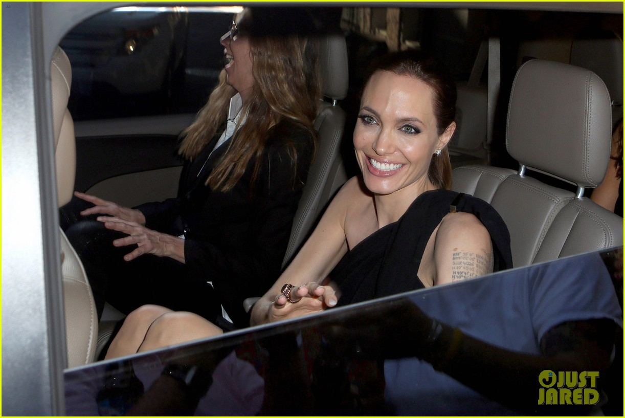 angelina jolie supports brad pitt make it right gala 023116140