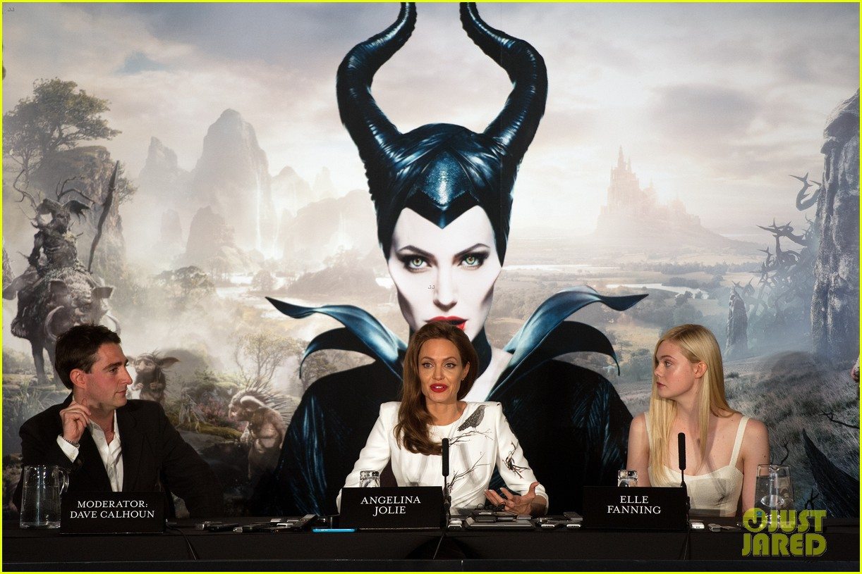 angelina jolie elle fanning are lovely in white at maleficent london 053109288