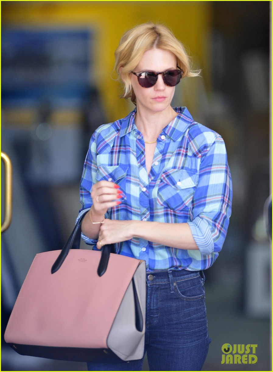 january jones shares amazing party in the back tbt pic 10