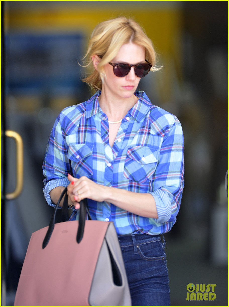 january jones shares amazing party in the back tbt pic 113119843