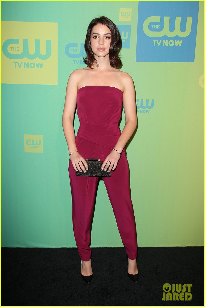adelaide kane reigns supreme at cw upfront 2014 05