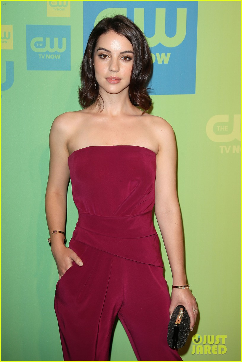 adelaide kane reigns supreme at cw upfront 2014 063114163