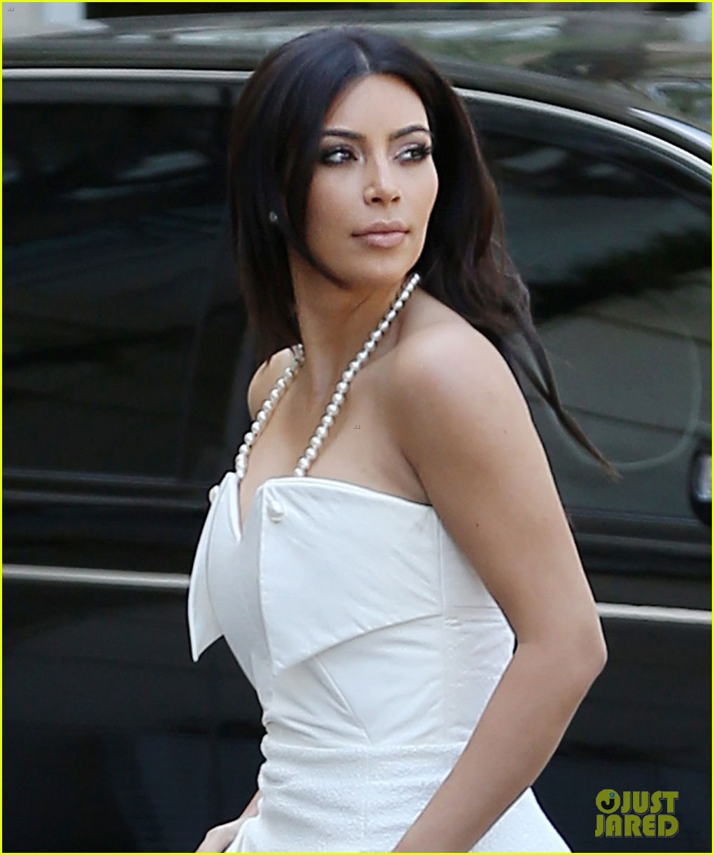 kim kardashian bridal shower 033110212