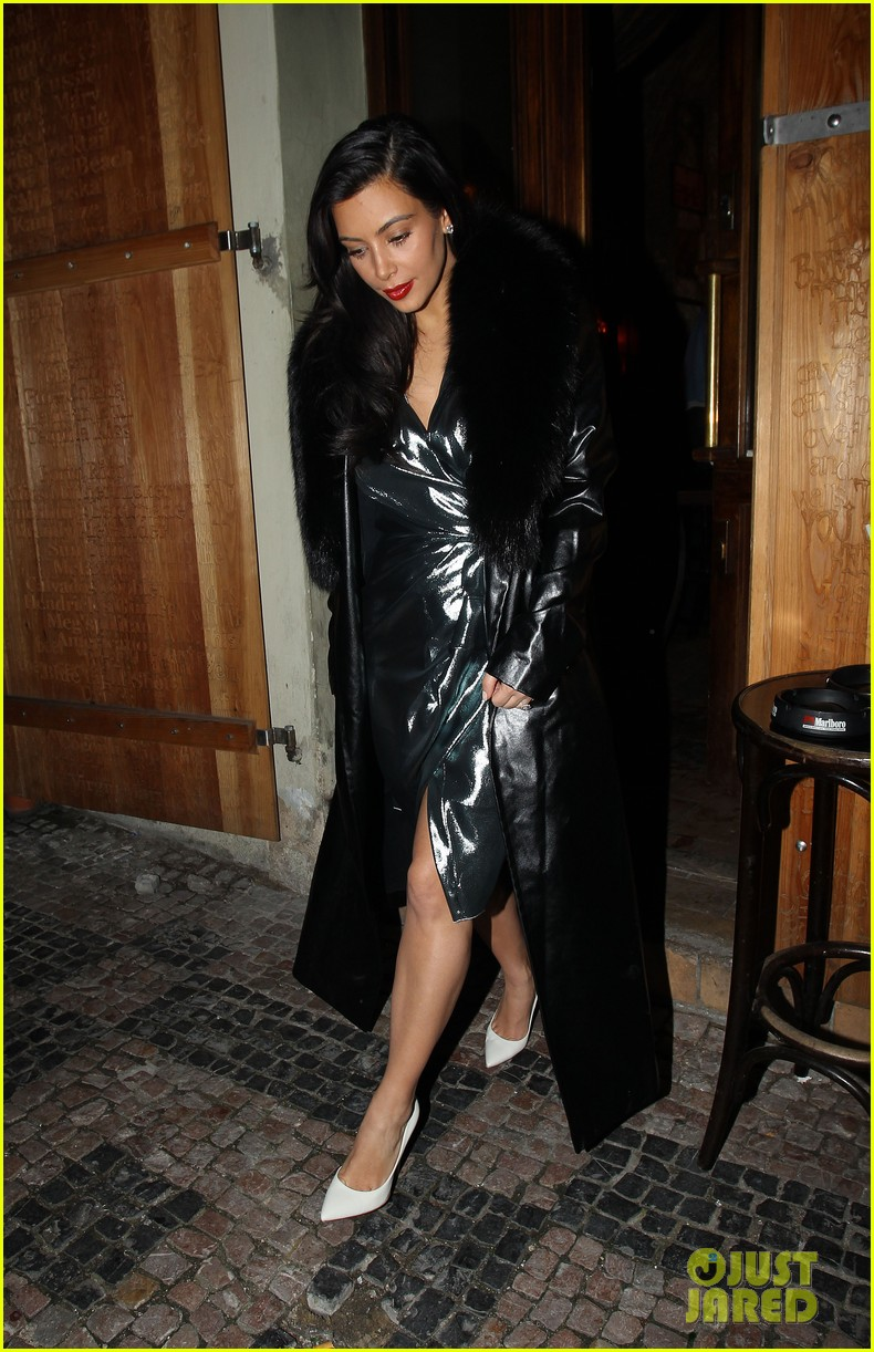 kim kardashian wears flashy dress for honeymoon date night 053124747