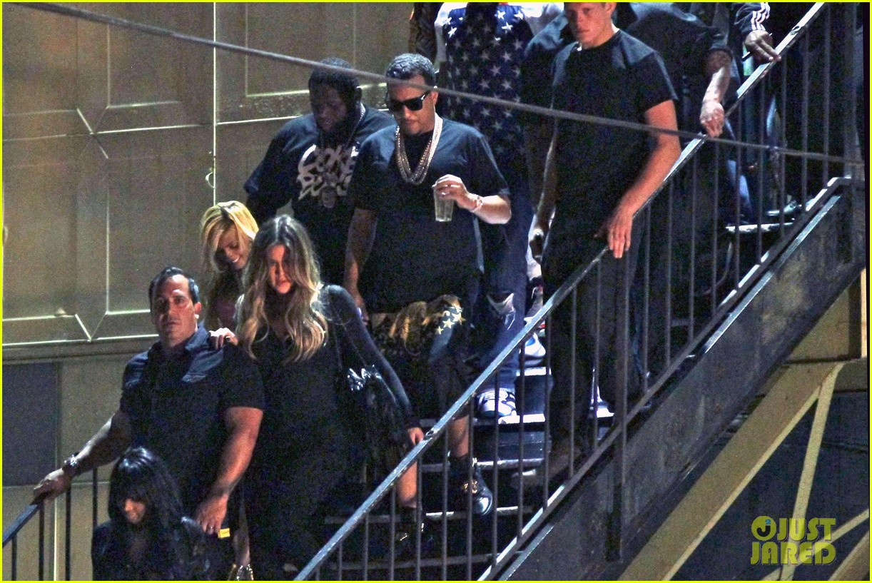 kim kardashian joins khloe to support french montana 073113372