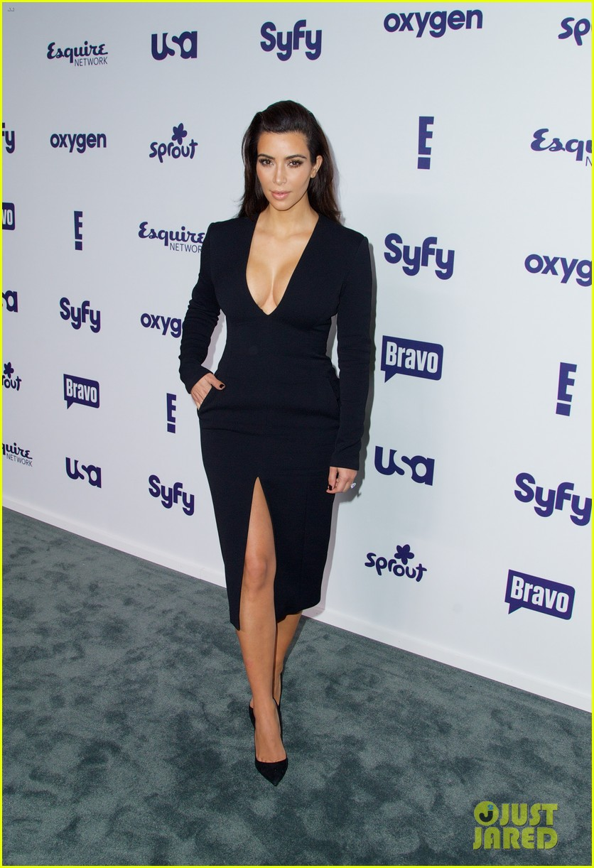 kim kardashian flashes major cleavage at nbcu upfronts 013114300