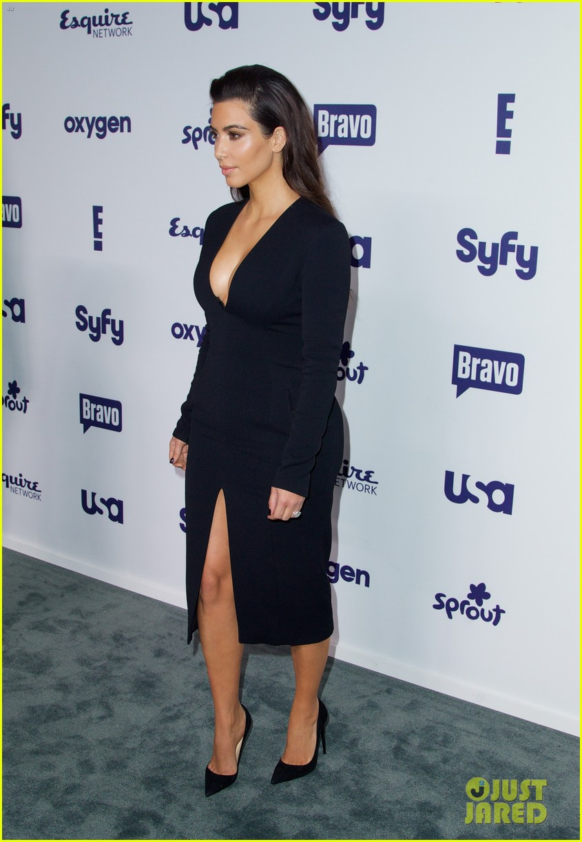 kim kardashian flashes major cleavage at nbcu upfronts 133114312