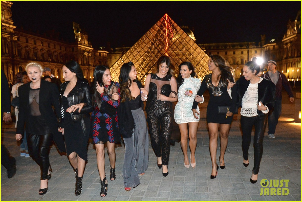 kim kardashian celebrates star studded bachelorette party 023120425