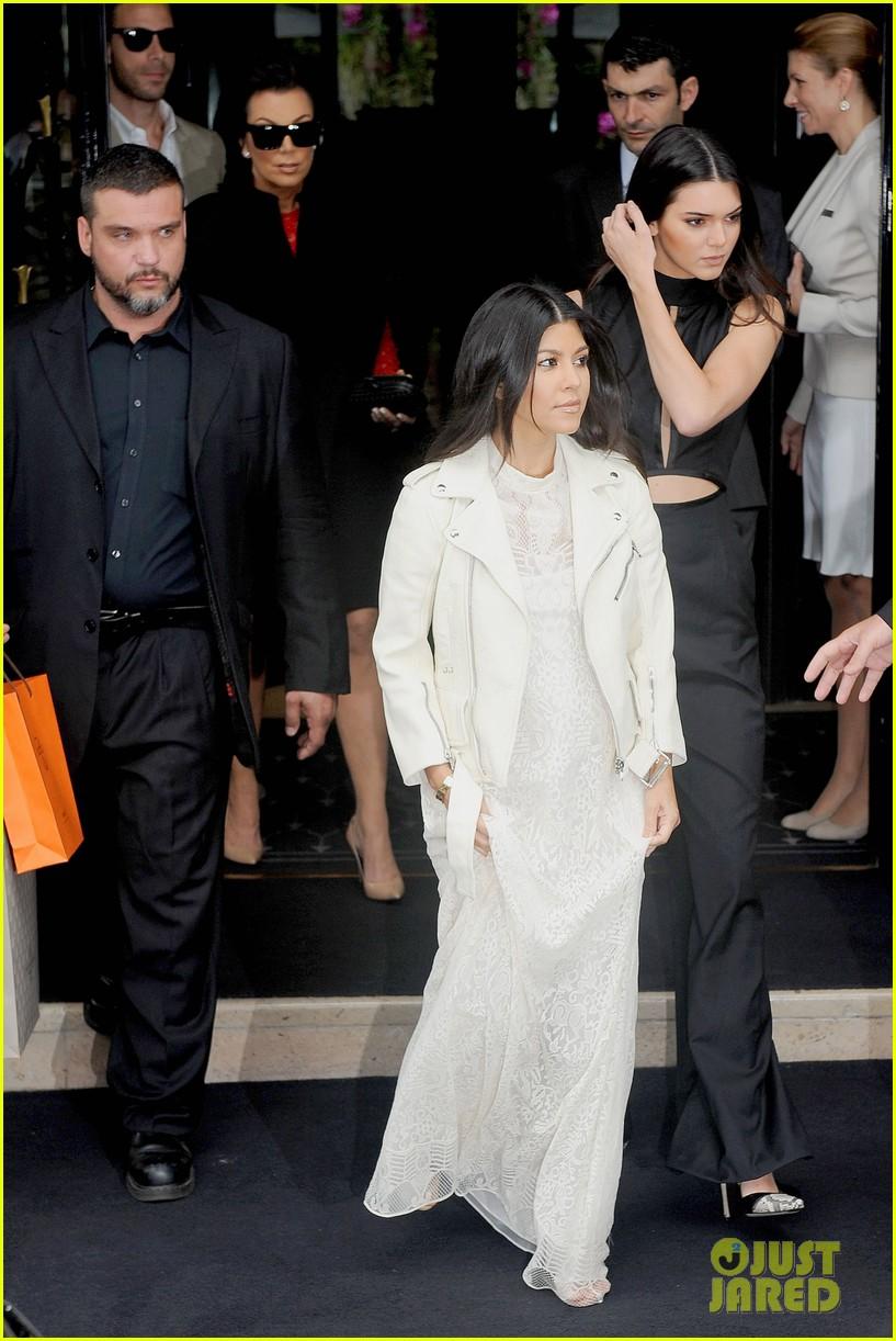 kim kardashian celebrates star studded bachelorette party 173120440