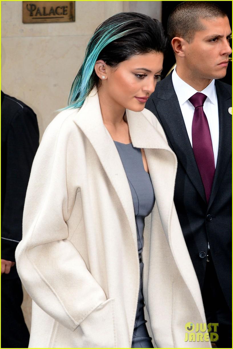 kim kardashian celebrates star studded bachelorette party 213120444