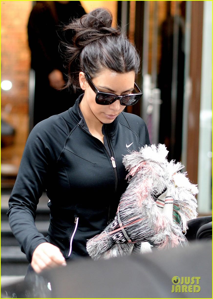kim kardashian wears tight leather dress for pre wedding shopping 023119789