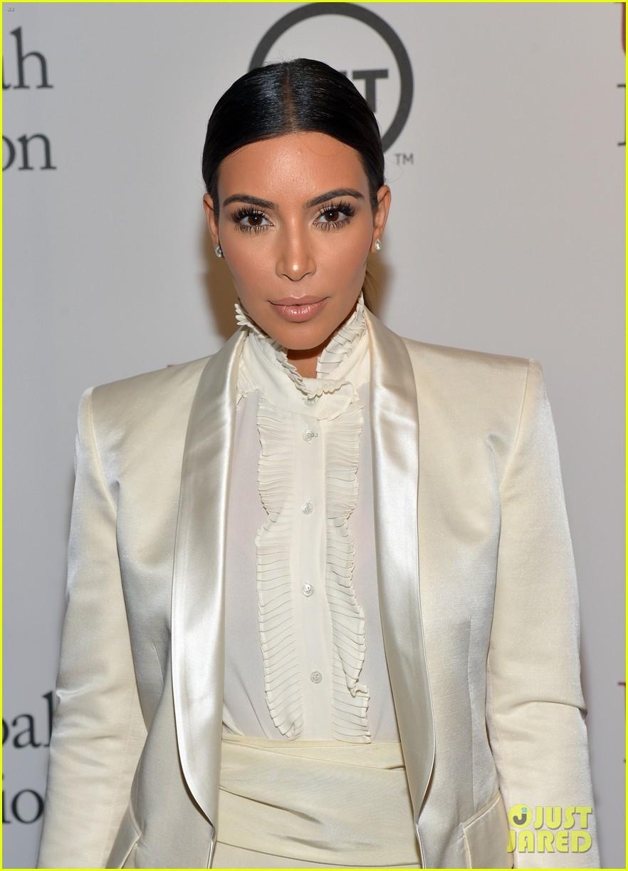 kim kardashian usc shoah foundation gala 013108055