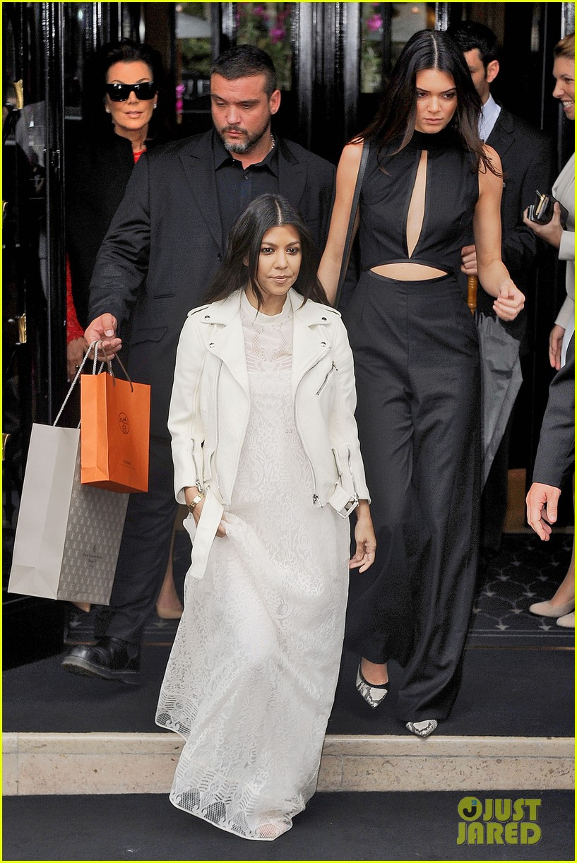 Kim Kardashian Kanye West Celebrate At Pre Wedding Brunch Thrown By Designer Valentino Garavani Photo 3120553