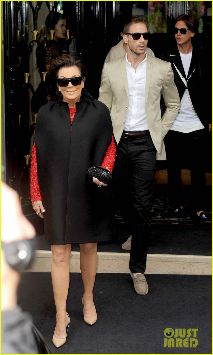 kim kardashian kanye west celebrate pre wedding lunch with valentino her entire family 053120548