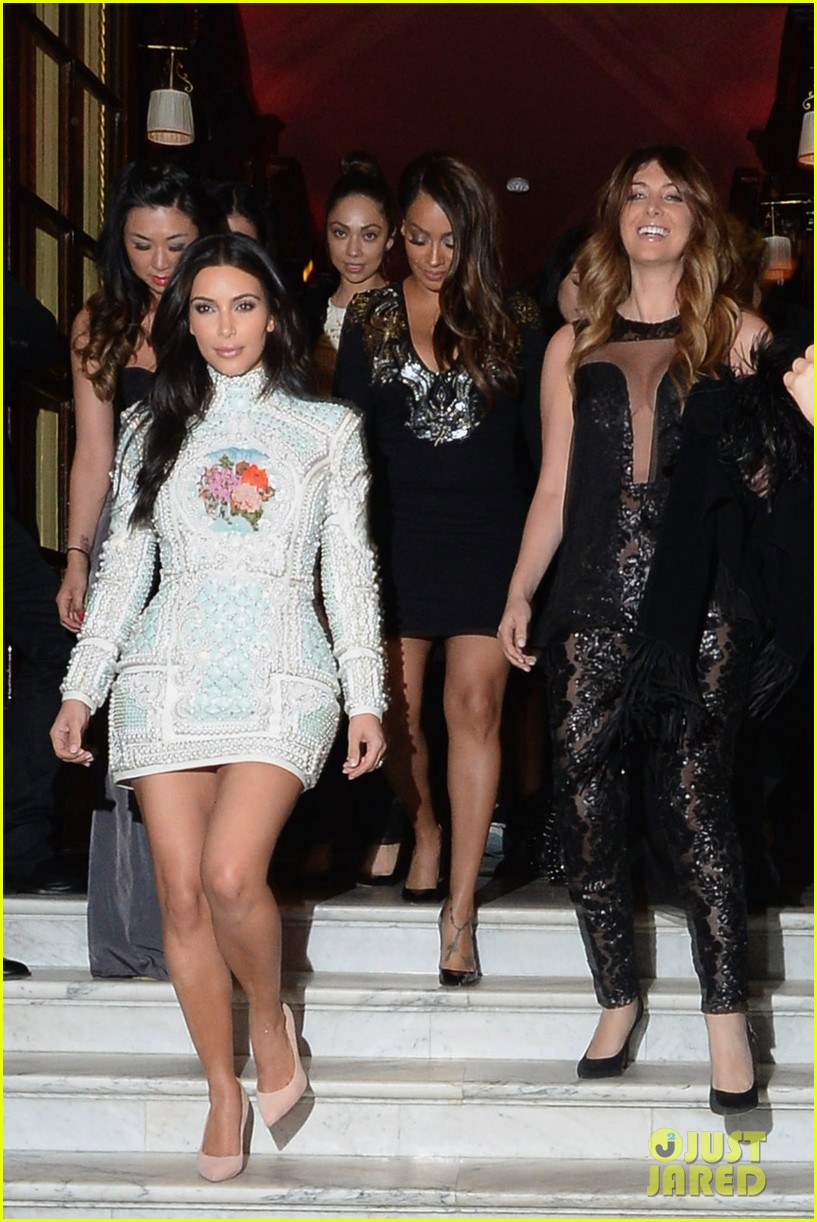 kim kardashian kanye west celebrate pre wedding lunch with valentino her entire family 073120550