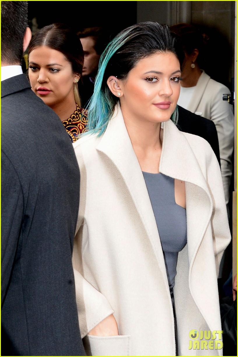 kim kardashian kanye west celebrate pre wedding lunch with valentino her entire family 083120551